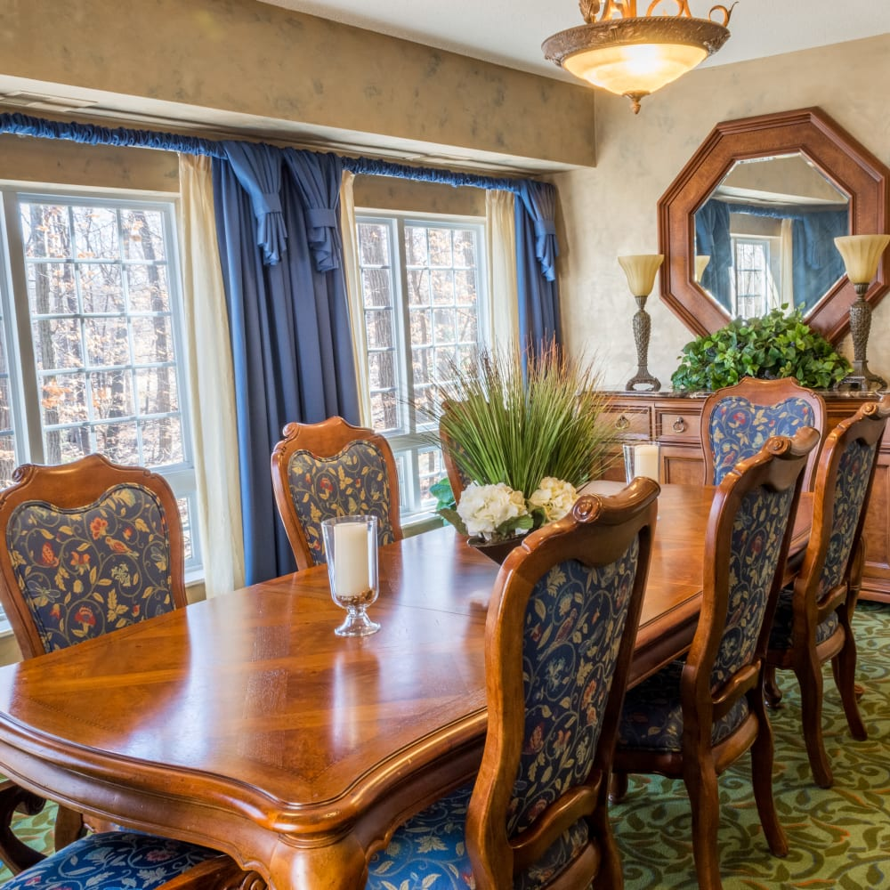Private dining room at Applewood Pointe of Maple Grove in Maple Grove, Minnesota.