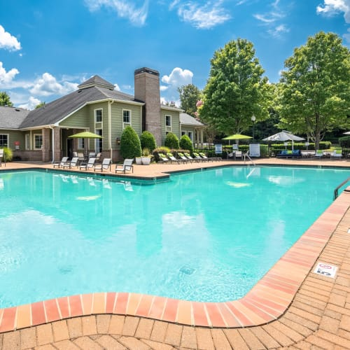 View virtual tour of the swimming pool area at Highlands at Alexander Pointe in Charlotte, North Carolina