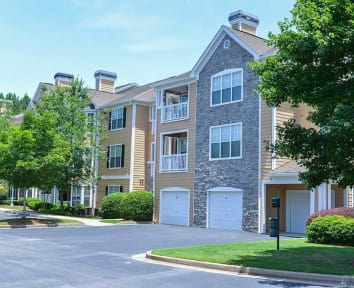 Dakota Mill Creek in Buford GA offers beautiful apartment homes