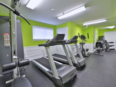 Fitness center at apartments in Laurel, location_state_name}}