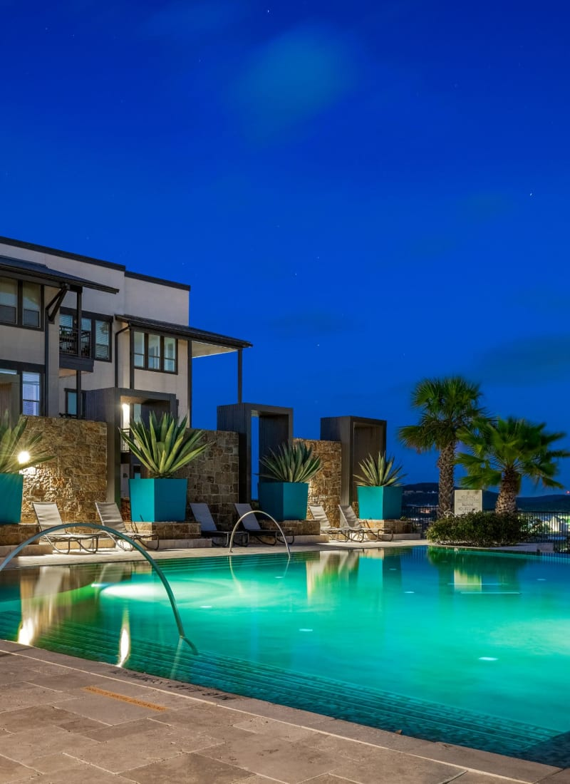 View our amenities at Marquis Cresta Bella in San Antonio, Texas