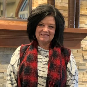 Sherry Elwell, Housekeeping at Applewood Pointe of Roseville at Central Park in Roseville, Minnesota