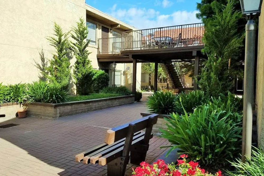 Walkway at Leisure Manor Senior Living in Sacramento, California