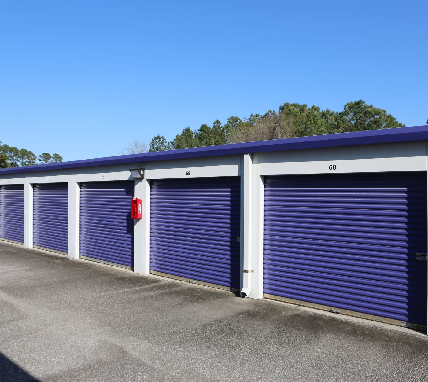 Ground-floor units at StoreSmart Self-Storage in Wando, South Carolina