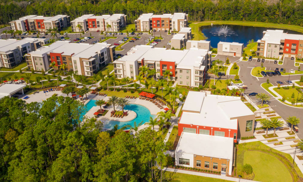 Aerial View of Luxor Club in Jacksonville, Florida