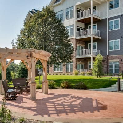 Learn more about Applewood Pointe of Roseville at Central Park in Roseville, Minnesota