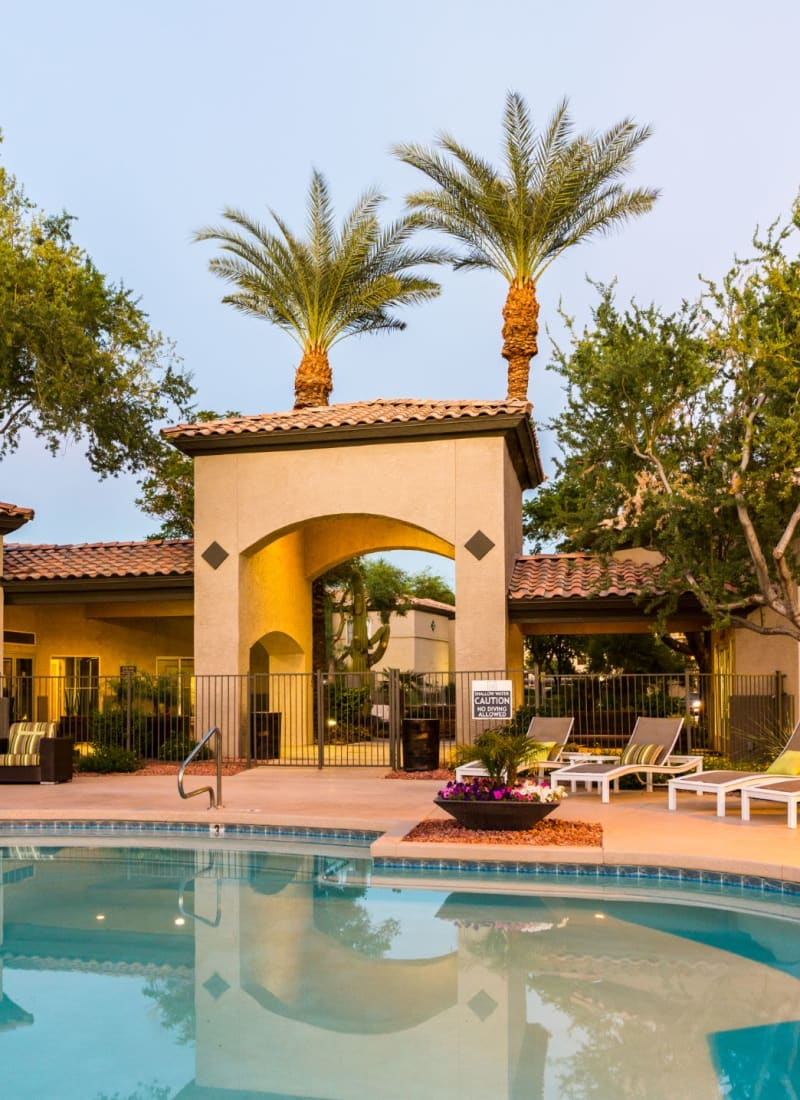Swimming pool and clubhouse at Marquis at Arrowhead in Peoria, Arizona
