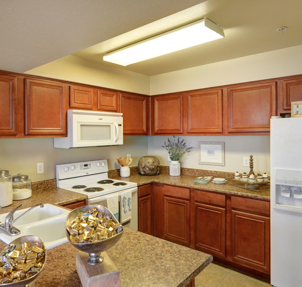 Fully equipped kitchen at Colonies at Hillside in Amarillo, Texas