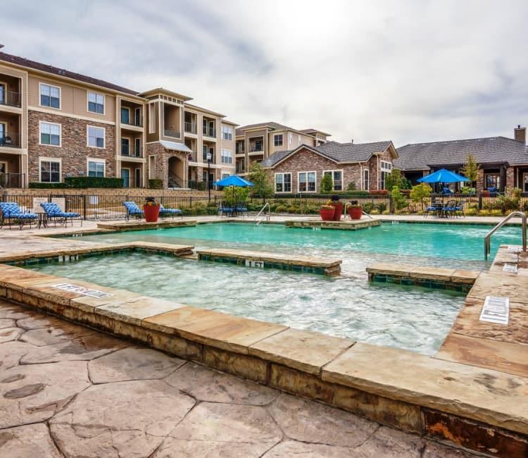 pool at Riverside Villas