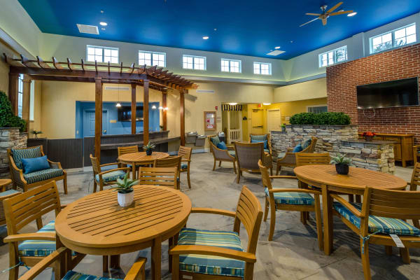 Common area for residents to relax at Artis Senior Living of Commack in Commack, New York