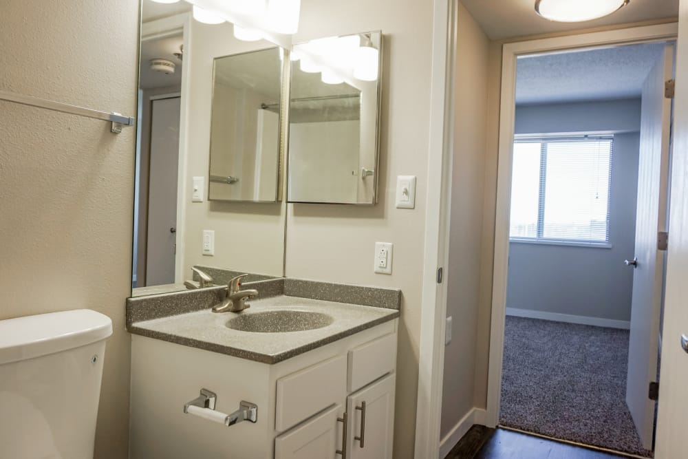 Bathroom layout at The Parker @ Seventh in Des Moines, Iowa