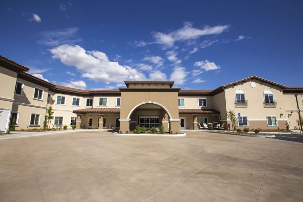 Front entrance at The Pointe at Summit Hills in Bakersfield, California.