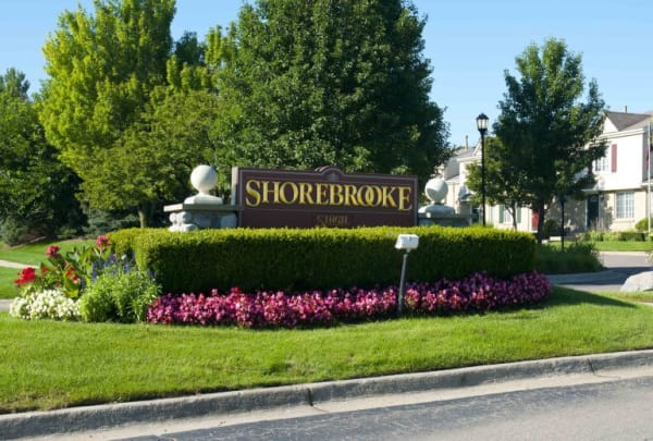 Main sign at Shorebrooke in Novi, MI