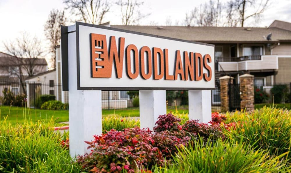 Signage at The Woodlands Apartments