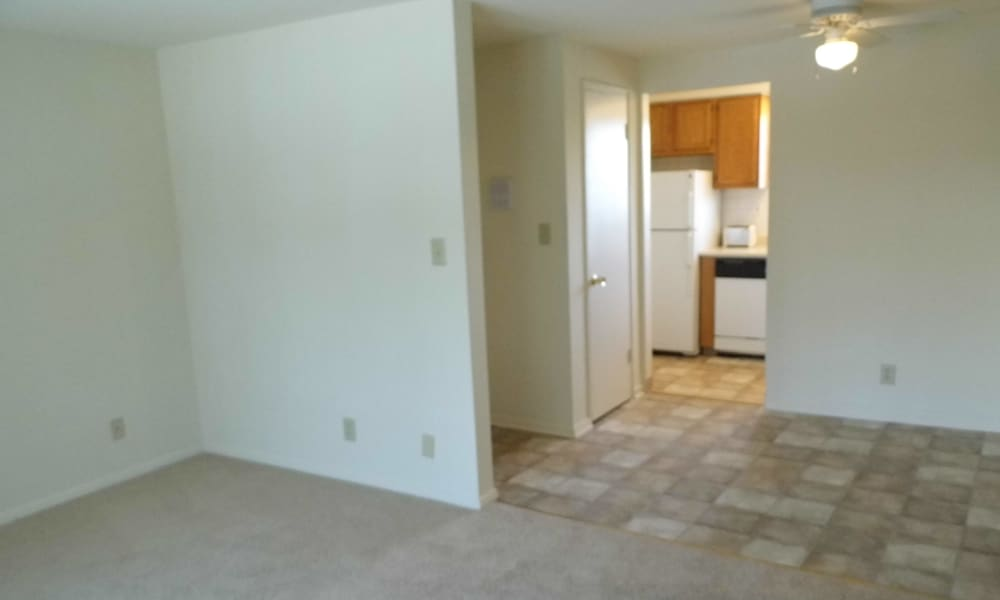 Laminate floors at Grant Village Apartments in Syracuse