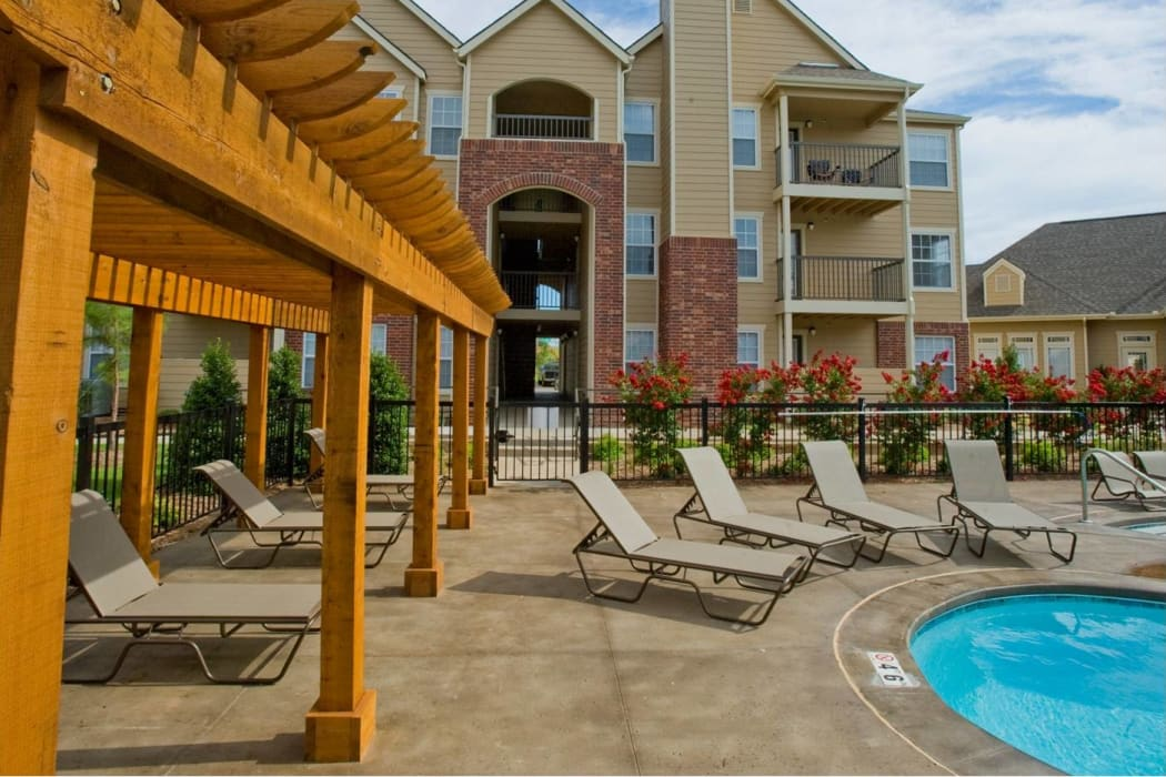 Resort-style poolside lounge at Tuscany Place in Lubbock, Texas.