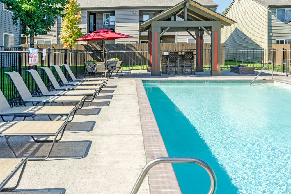 Pool at Madison Park Apartments in Vancouver, Washington