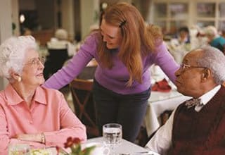 Dining experiences for seniors with concierge service at Discovery Commons