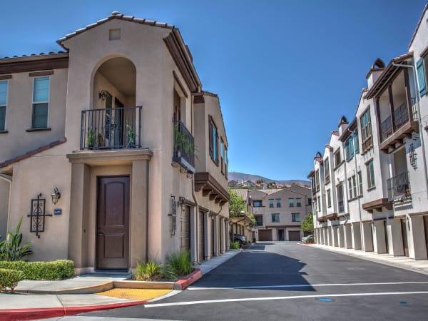 Enjoy the neighborhood at Palisades Sierra Del Oro in Corona