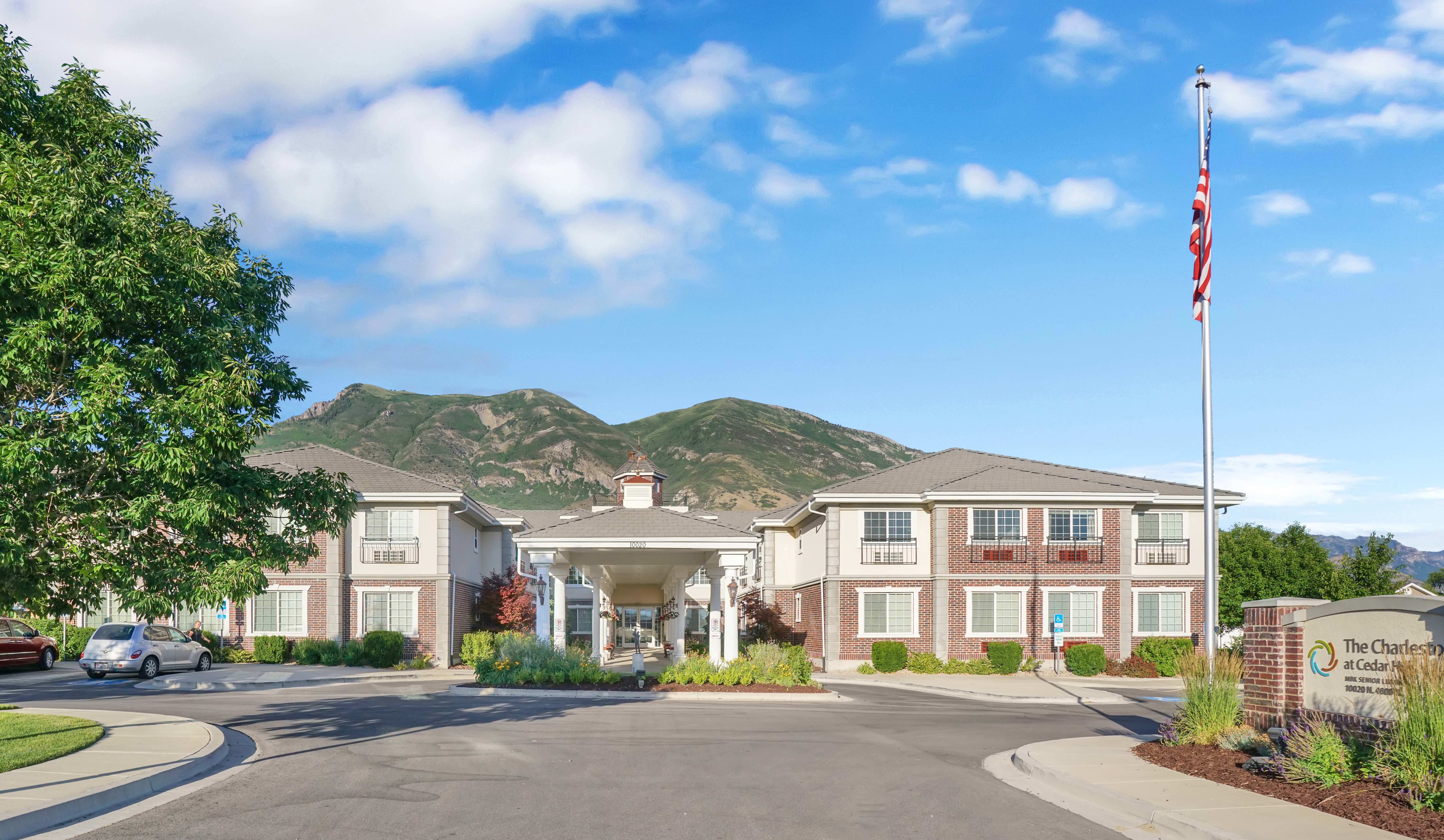 Senior living in Cedar Hills, UT is just right for you