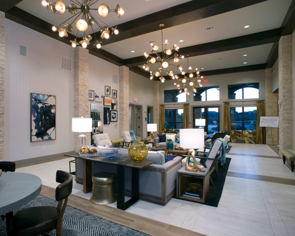 Resident clubhouse lounge at Savannah Oaks in San Antonio, Texas.