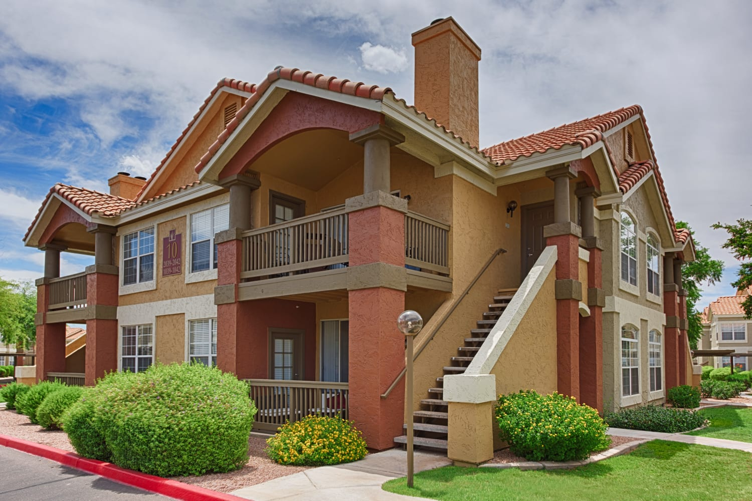 Sonoran Vista Apartments in Scottsdale, Arizona, offer beautiful buildings with well maintained grounds