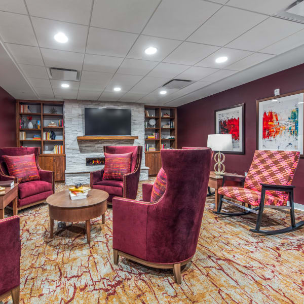 Resident lounge at Quail Park of Oro Valley in Oro Valley, Arizona