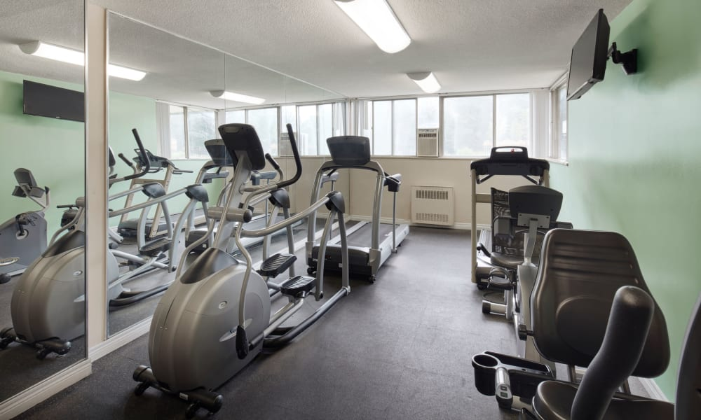 Modern state-of-the-art fitness equipment at Applewood on the Park in Mississauga, Ontario