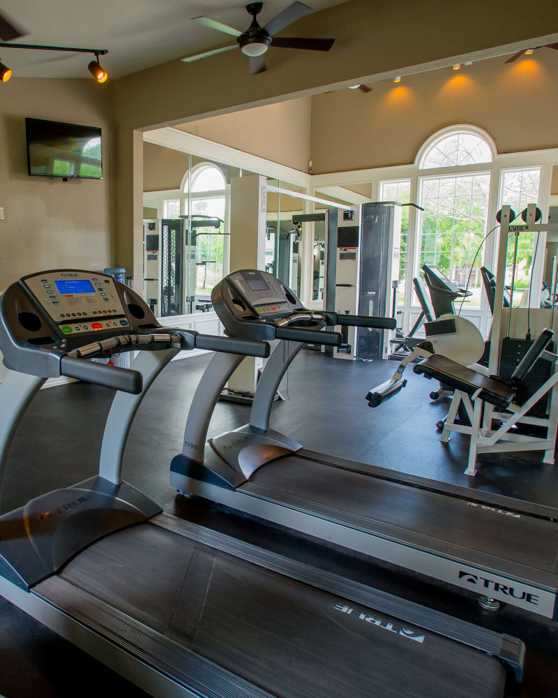 Fitness center at Summerfield Place Apartments in Oklahoma City, Oklahoma
