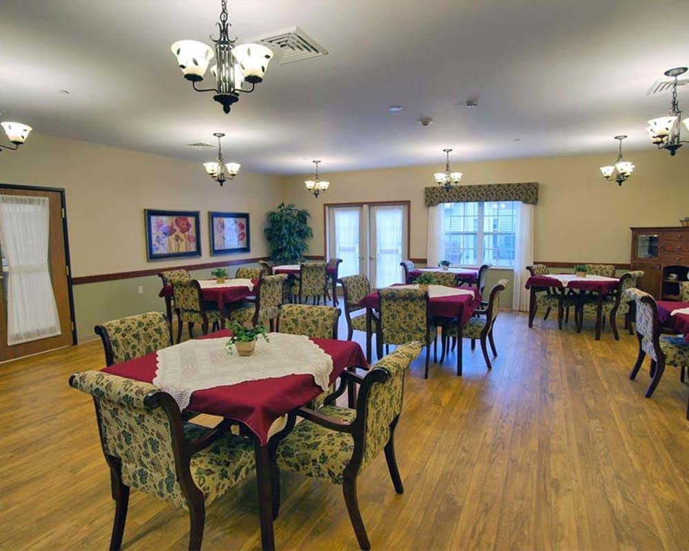 Spacious resident dining room at Milestone Senior Living in Rhinelander, Wisconsin.