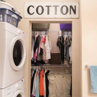 Apartment laundry room at Ironwood in Altoona, Iowa