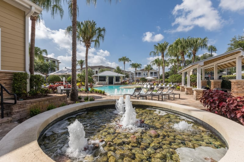 Outdoor fountain at Luxe at 1820 in Tampa, Florida