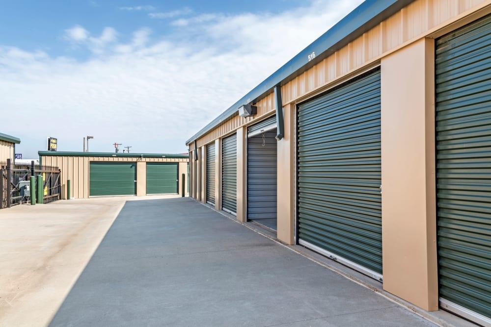 Line of outdoor units at Metro Self Storage in Amarillo, Texas
