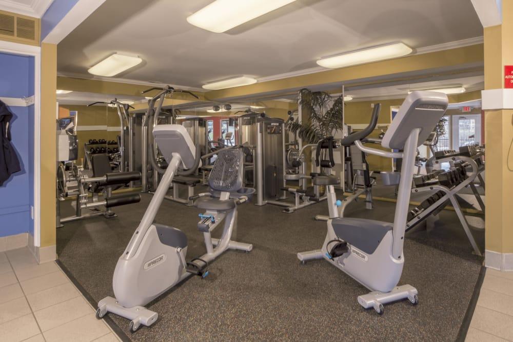 Workout room at Saddle Creek Apartments in Novi, Michigan