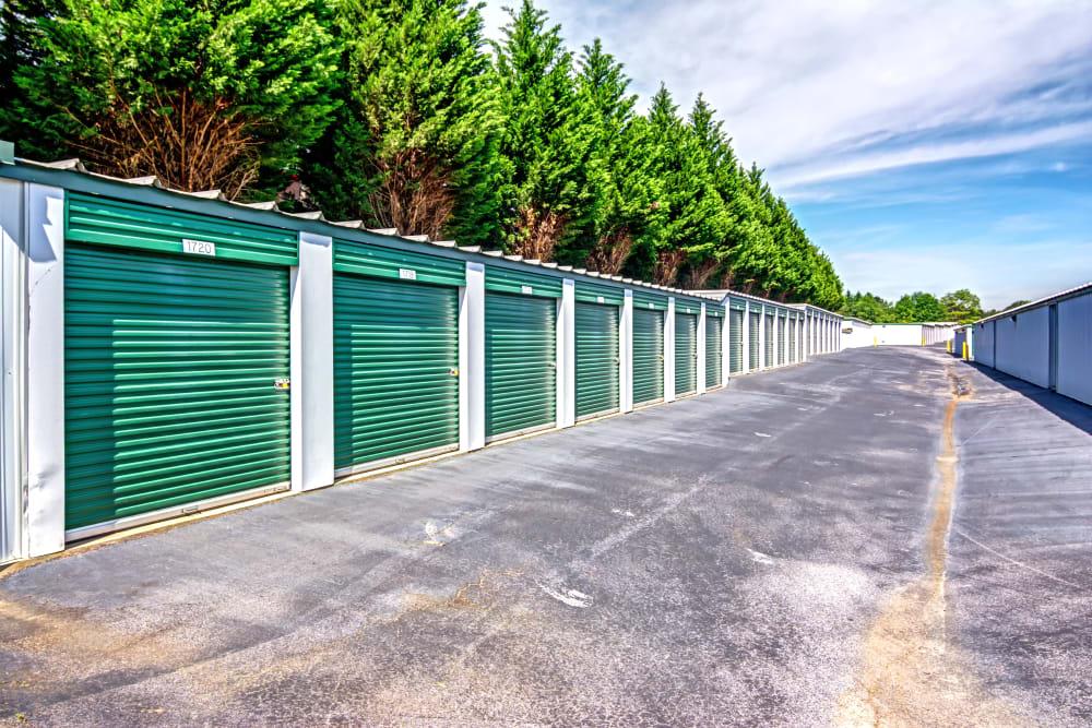 Metro Self Storage offers outdoor units in Stockbridge, Georgia