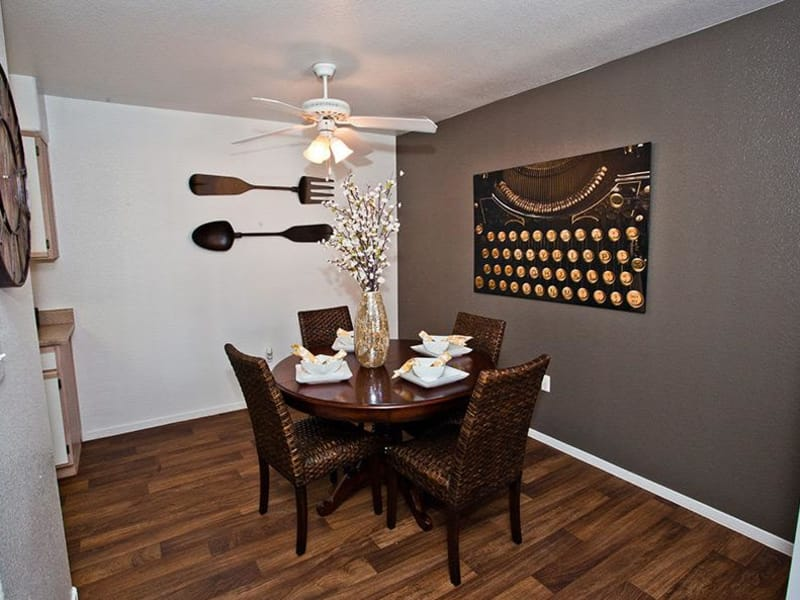 A dining area at Monterra Apartment Homes