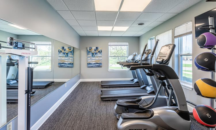 Maplewood Estates Apartments fitness center in Hamburg, New York