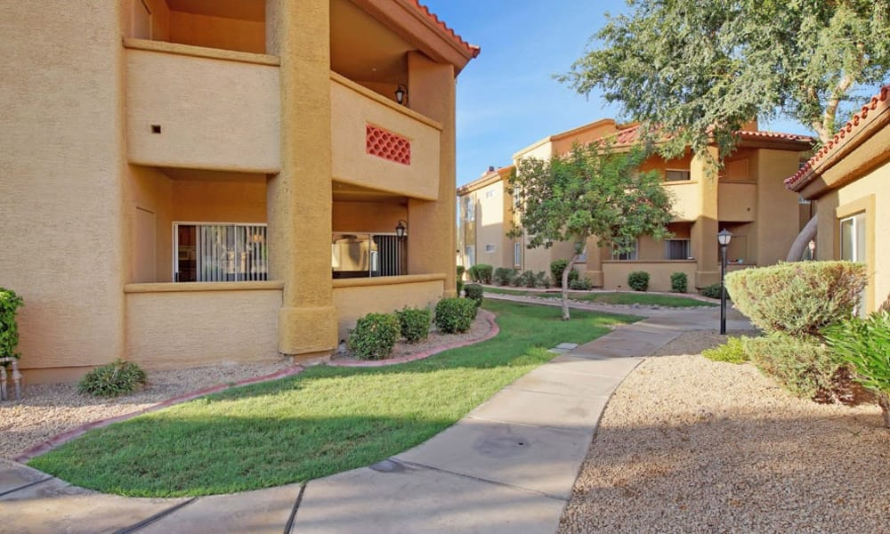 Sidewalks At Tresa at Arrowhead Apartments In Glendale AZ