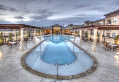 Lavish pool area on a cloudy day at Evolv in Mansfield, Texas