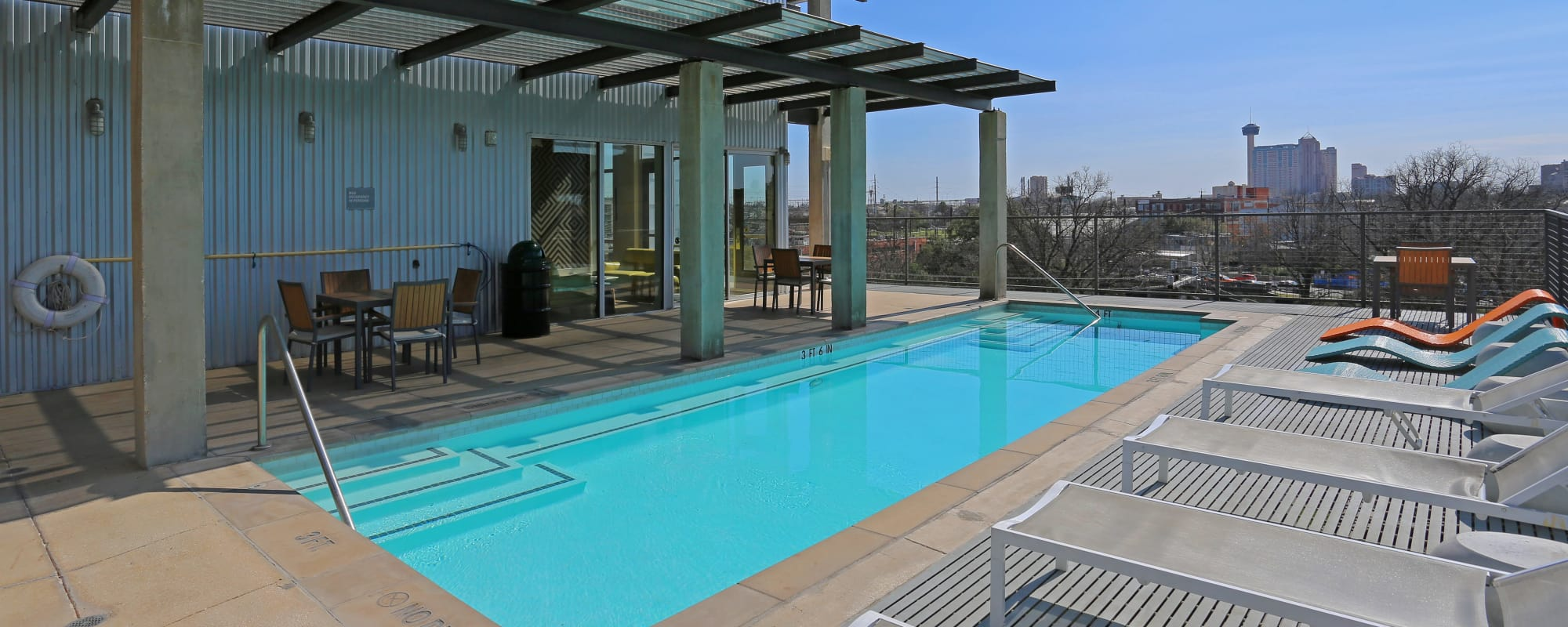 Roof top pool at 1221 Broadway Lofts