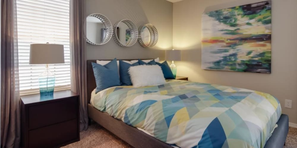 Guest bedroom at Circle at Point Park in Houston, Texas