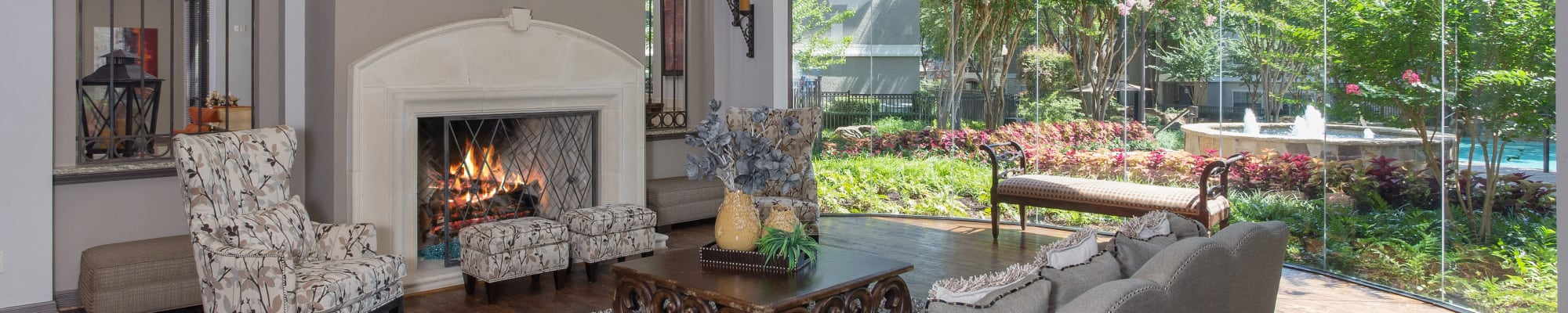 Amenities at The Verandas at Timberglen in Dallas, Texas