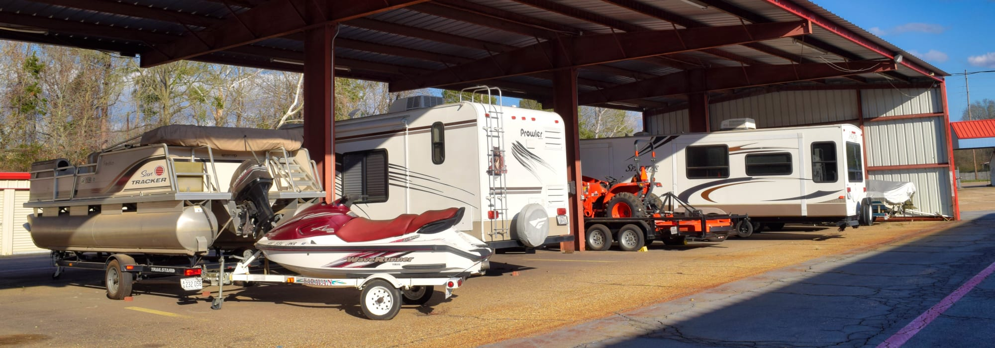 RV, Auto, & Boat Storage at Lockaway Storage in Texarkana, Texas