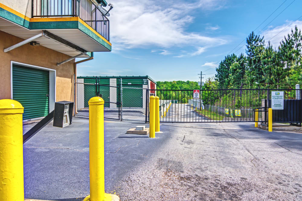 Access gate at Metro Self Storage in Stockbridge, Georgia