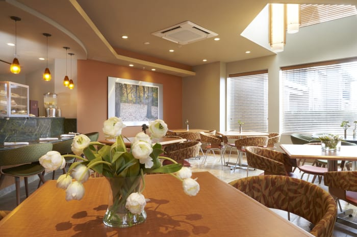 Club lounge dining room at All Seasons of Rochester Hills in Rochester Hills, Michigan