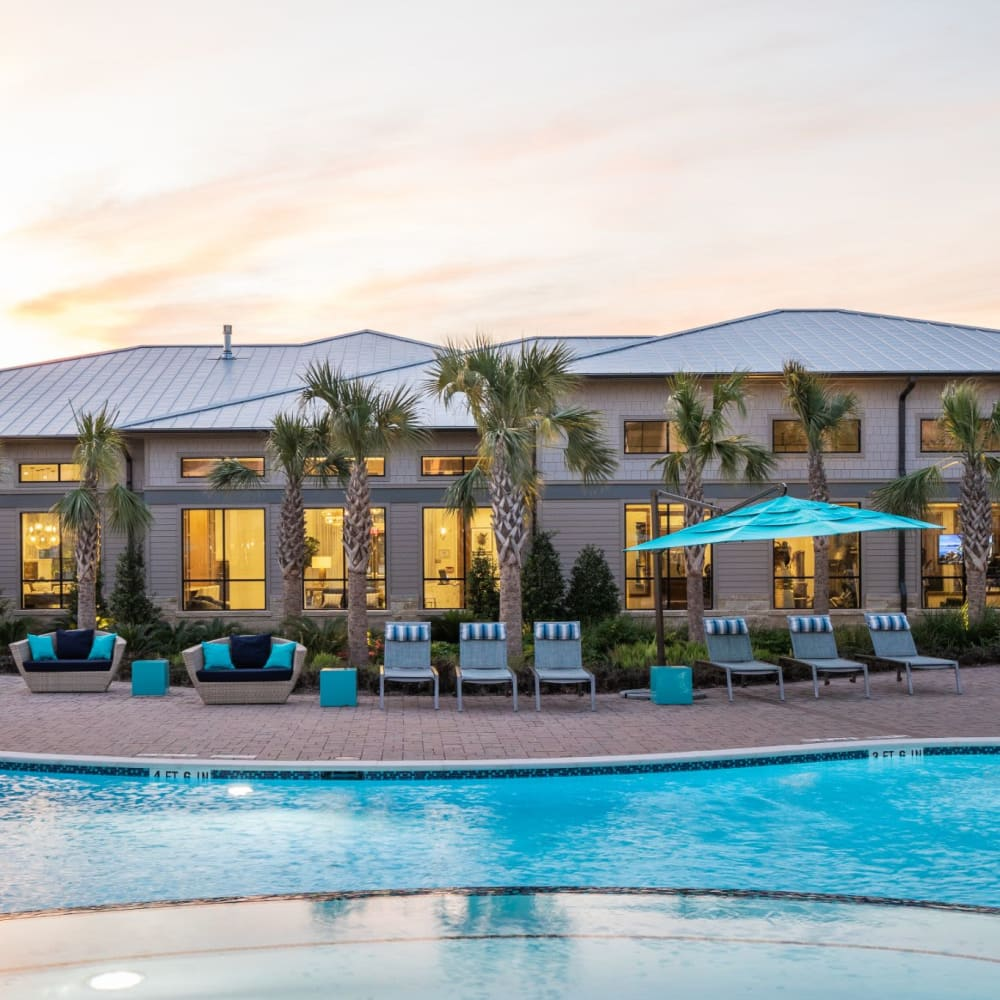Expansive pool lounge at Opal at Barker Cypress in Houston, Texas