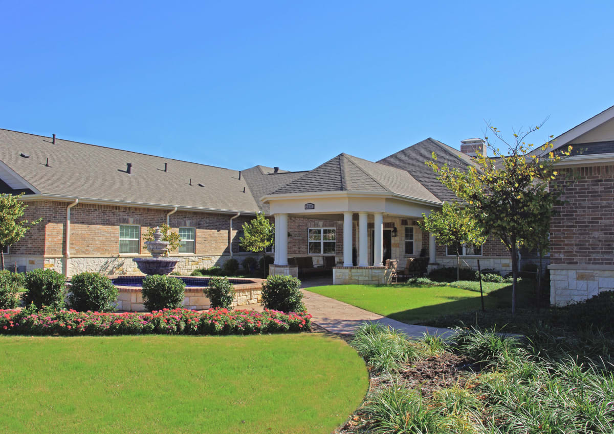 The Village at Valley Creek - Denton, TX Retirement Center Management