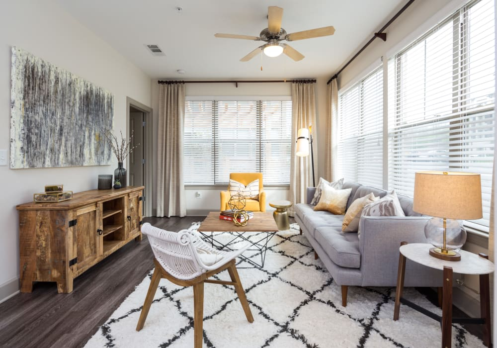 Luxury 1 & 2 Bedroom Apartments In Nashville, TN