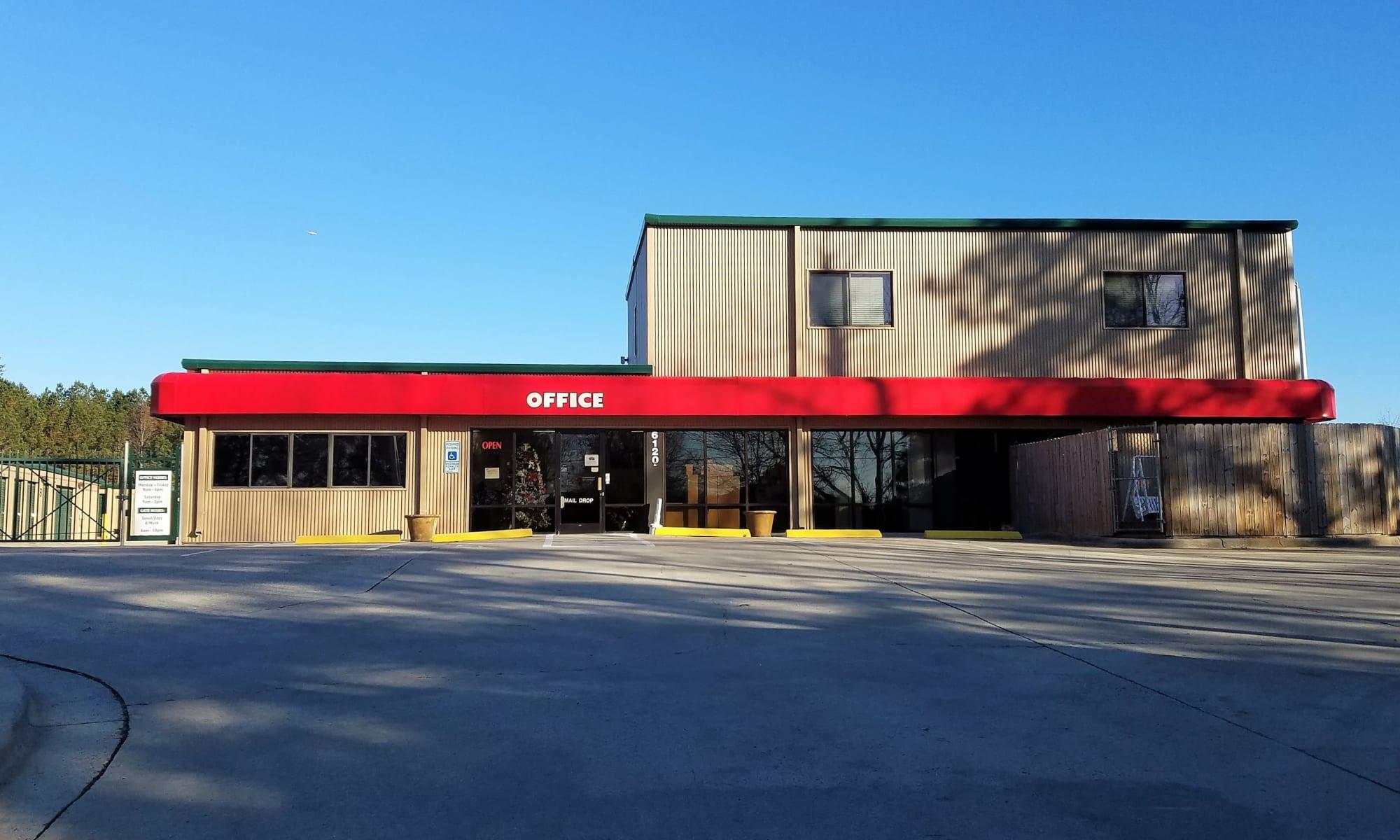 Self storage at Cardinal Self Storage - West Raleigh in Raleigh, North Carolina