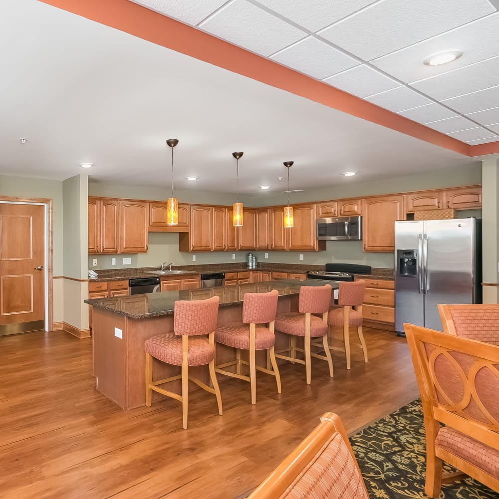 Resident great room kitchen at Applewood Pointe of Shoreview in Shoreview, Minnesota.